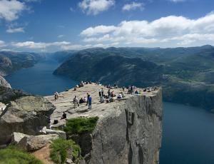"""""""Prekestolen"""", Predigtstuhl, Lysefjord, ©visit norway"""