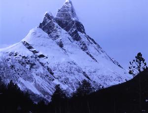 Doppelspitze des Otertinden bei Skibotn