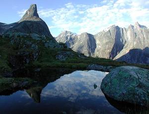 Romsdalshorn, Romsdal, ©isfjorden.com
