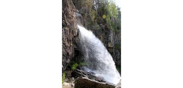 Tvinnefossen bei Stryn, (c) wikipedia