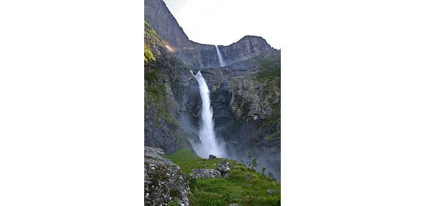Mardalsfossen, (c) Ernst Vikne, Flickr, wikipedia