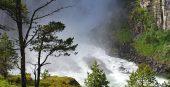 Berauschend! Die Wasserfall-Schlucht von Åmotan