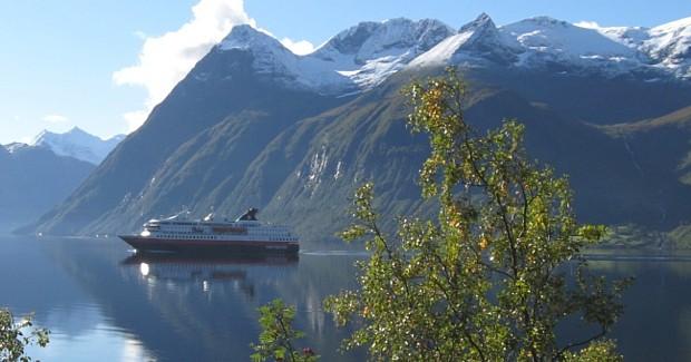 Hjorundfjord, (c) Norway in a Nutshell