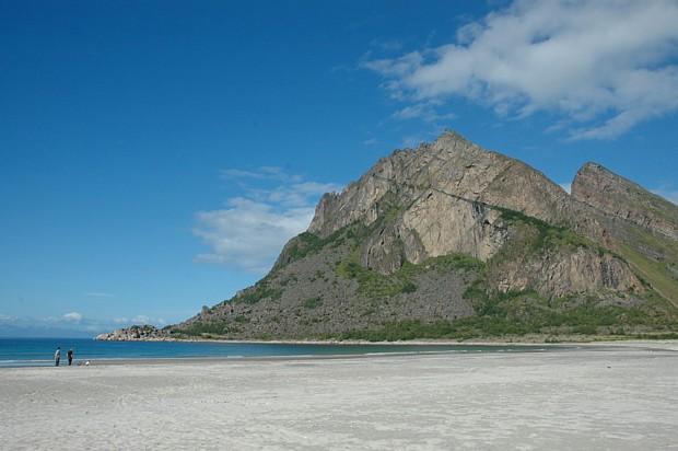 Mjelberget / Bøsand, Engeløya Steigen Copyright hamsuns rike