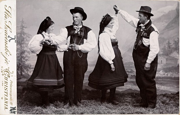 Taenzer Setesdal 1905 Copyrigh wikipedia
