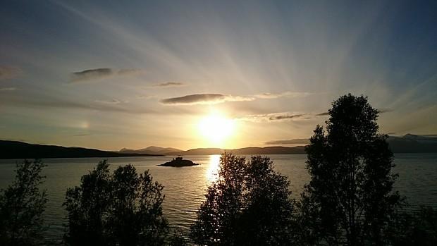 Mitternachtssonne Narvik Juni 2016 Copyright E. G.