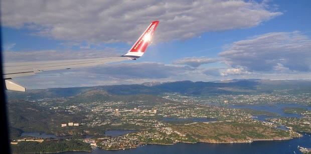Flugzeug Bergen Anflug Norwegian