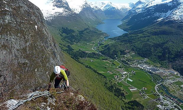 Loen Via Ferrata – Copyright Le Hjelle Wikipedia