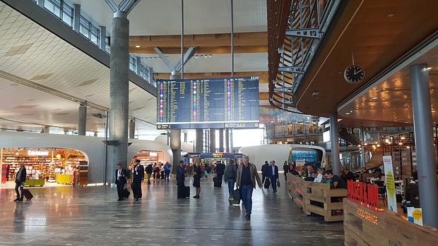 Flugplatz Fliegen Anreise Gepäck