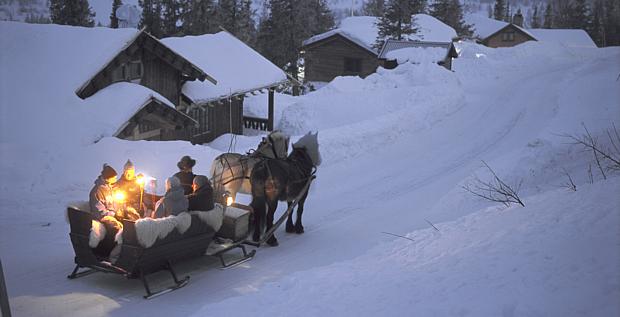 Schlittenfahrt Advent Weihnachten Copyright Terje Rakke Visit Norway