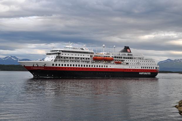 Hurtigruten Schiff Kreuzfahrt
