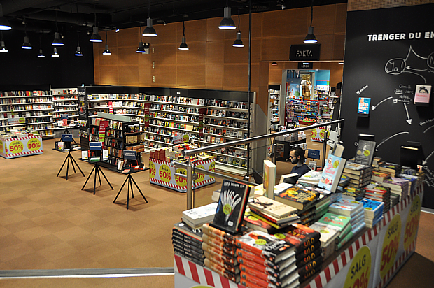 Bücher Lesen Buchhandel Norwegisch Norsk Literatur Kultur