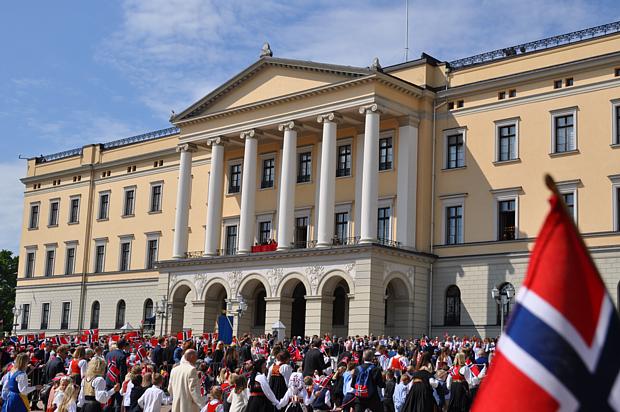 17 Mai Oslo Schloss