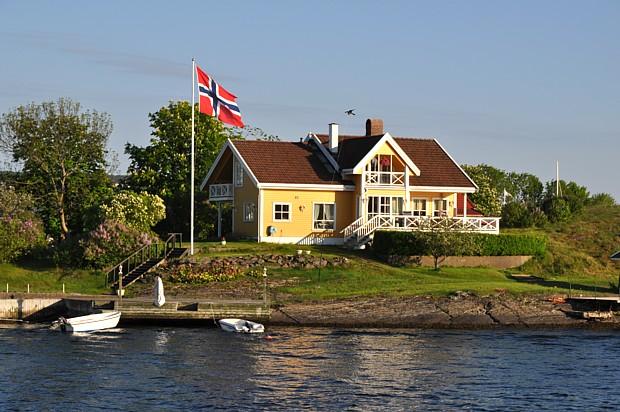 Hytte Ferienhaus Hütte Wasser Boot Flagge Fahne
