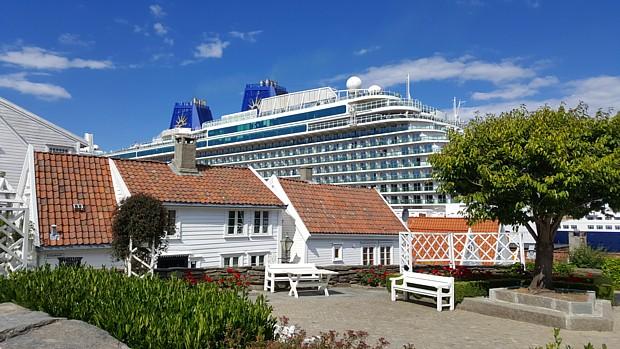 Stavanger Gamle – Kreuzfahrtschiff Holzhaeuser Gesellschaft Tourismus Reisen