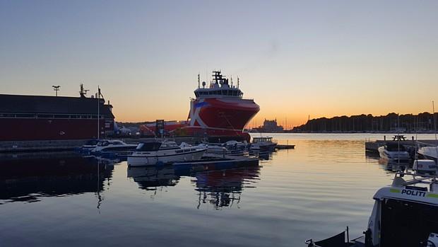 Stavanger Wirtschaft Schiff Oel Polizei Hafen