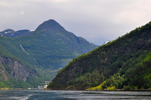 Geirangerfjord Sonnenfleck, Fjord