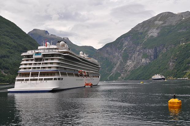 Kreuzfahrtschiff Geirangerfjord