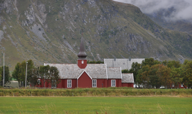 Flakstad Kirche