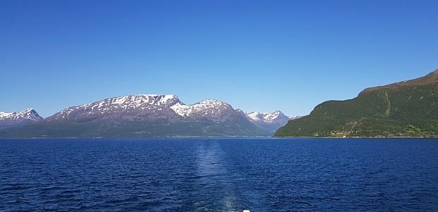 Tromsoe Fjord Lyngen